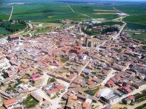 Vista de Becerril de Campos